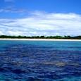 環礁近くの無人島